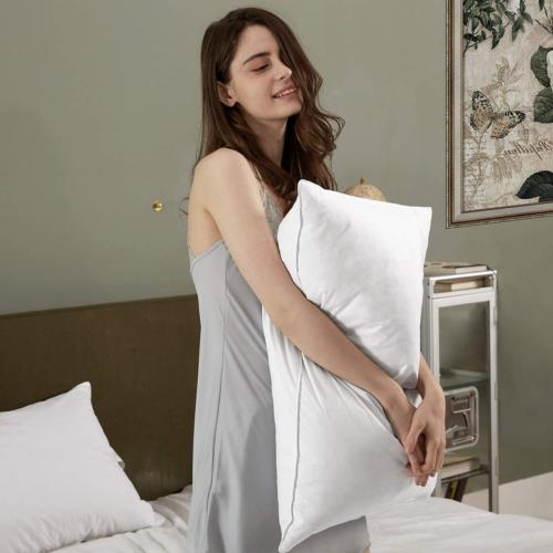 Bed Soft Hotel Pillow &